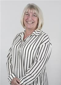 Councillor Debbie Harvey